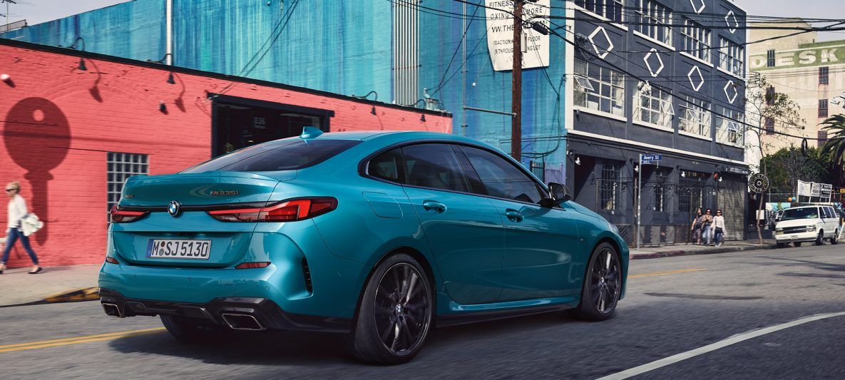 Progressives Design BMW 2er Gran Coupé Snapper Rocks Blau metallic F44 Dreiviertel-Seitenansicht