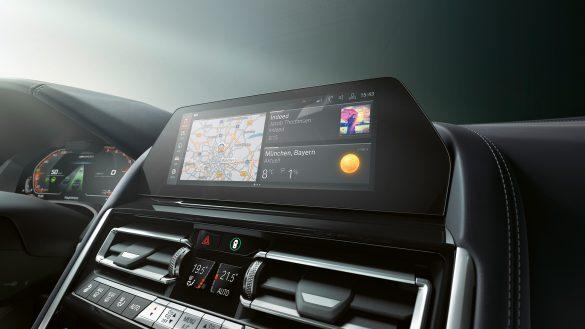 BMW 8er Gran Coupé Live Cockpit Professional
