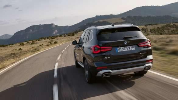 Plug-in Hybrid BMW X3 xDrive30e G01 Antriebsmodi Sophistograu Fahrschuss Heck 2021