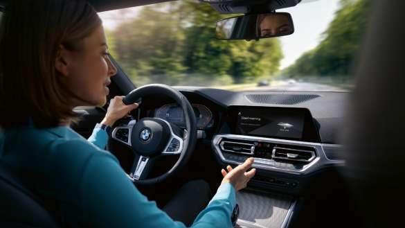 BMW X4 G02 BMW Intelligent Personal Assistant.
